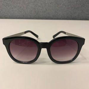 Chic STEVE MADDEN Sunglasses